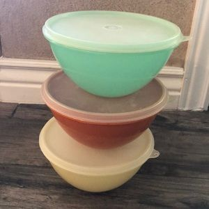 3 Tupperware Bowls with lids